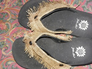 burlap flip flops from unusable yellowbox sandles.