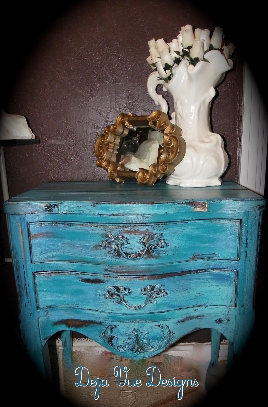 turquoise furniture, tuqoise paint treatments, aged paint treatments, faux finishes