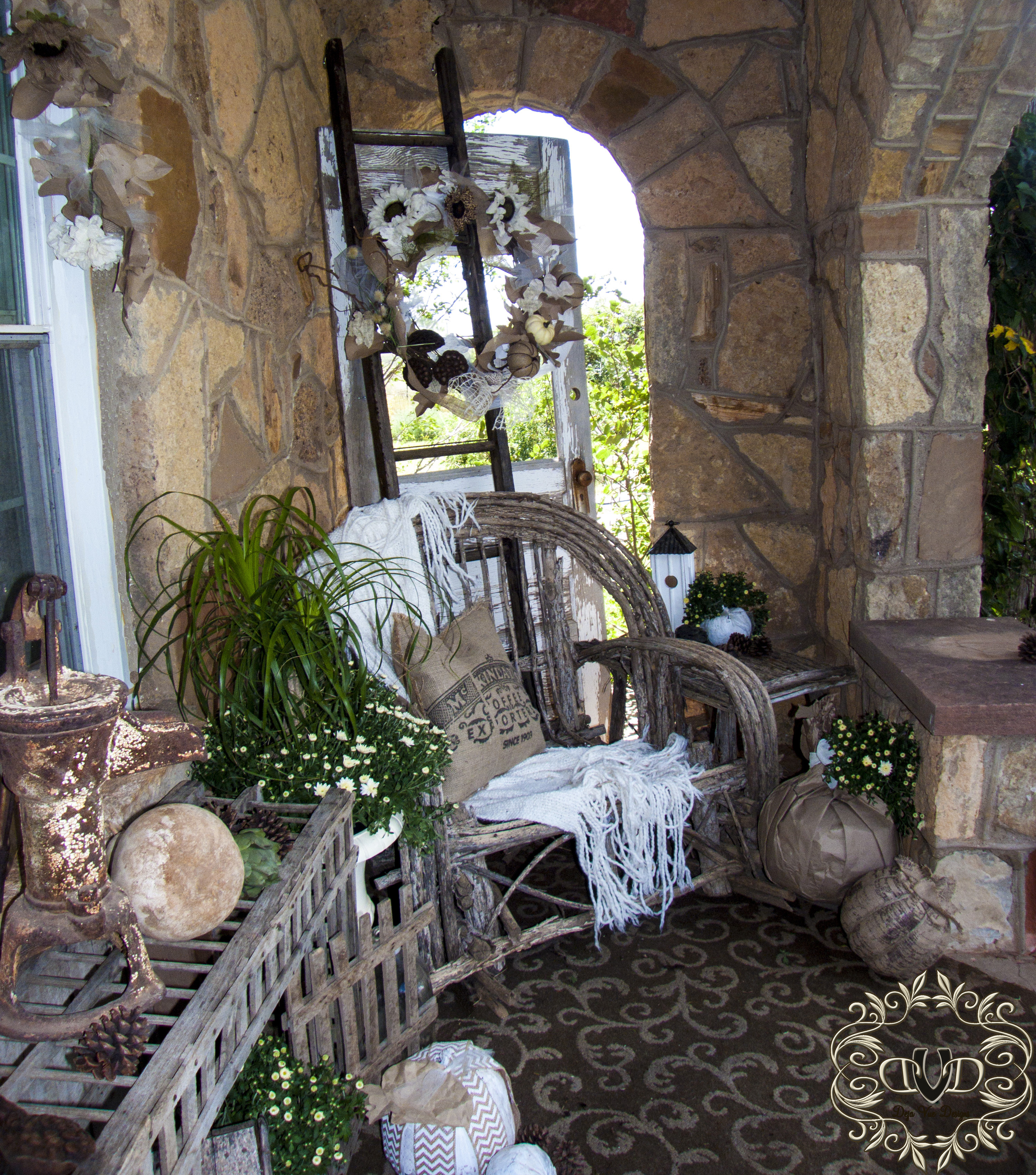 Cottage Porch in White