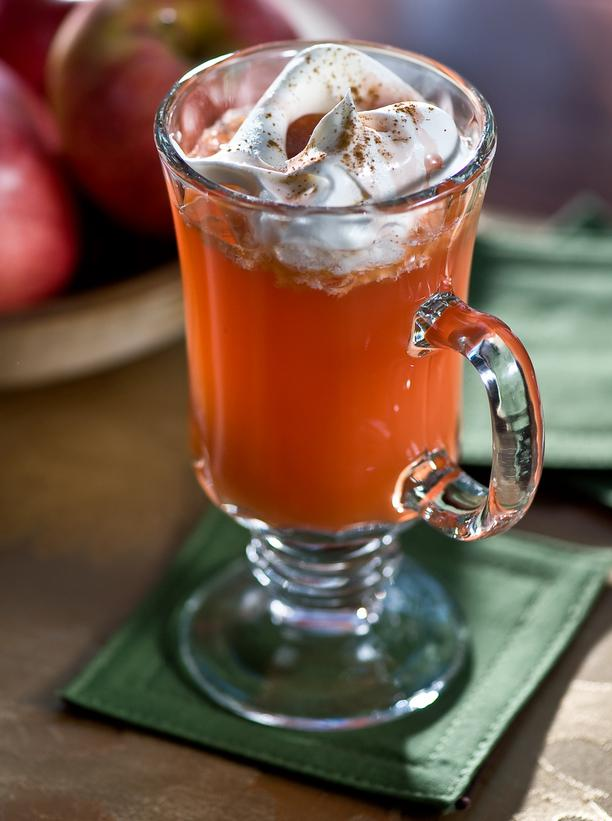 FLN-Hot-Rasapple-Rum-Cider-Cocktail-Recipe_s3x4_lg