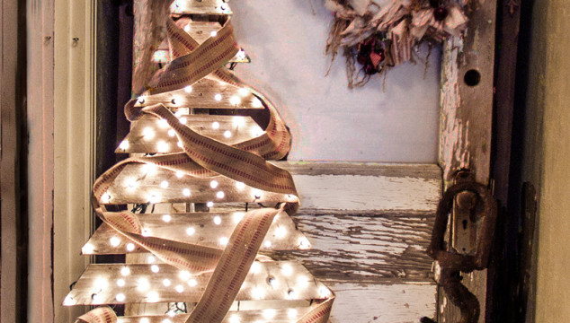 Recycled Pallet Christmas Tree