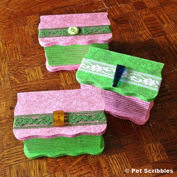 pink and green boxes