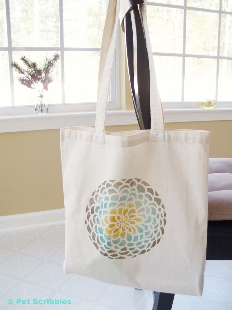 How to stencil a tote bag