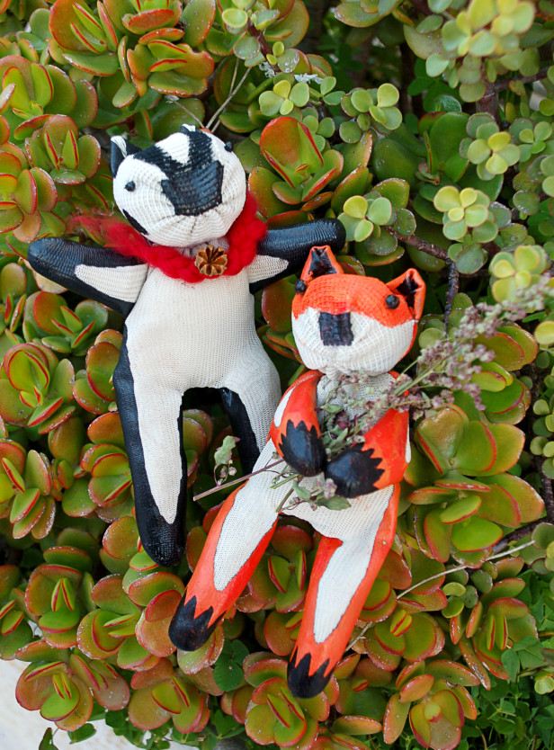 Garden Glove Critters DIY - HGTVGardens.com
