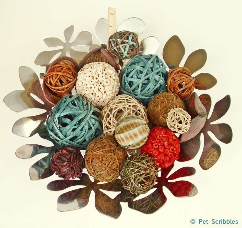 DIY: Dyed Vase Fillers, an easy tutorial by Pet Scribbles for Deja Vue Designs