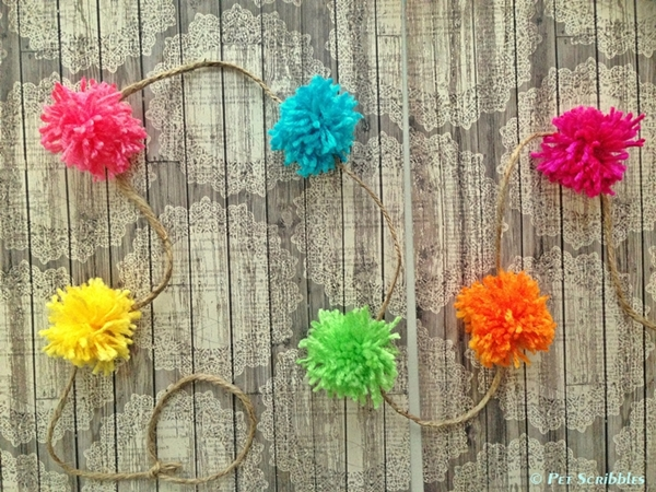 2014 year in review: DIY-Pom-Pom-Garland