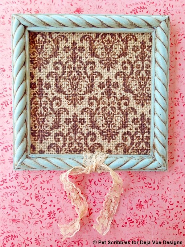 how to distress a painted frame with wax