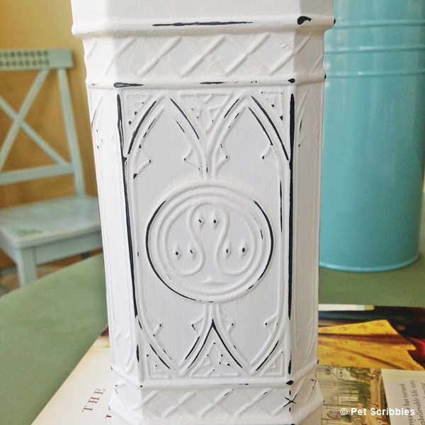 Chalk Painted Shabby Bottle DIY