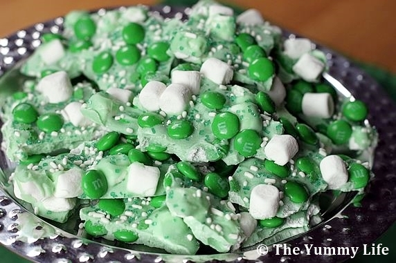 Mint Chocolate Marshmallow Candy Bark Recipe | The Yummy Life