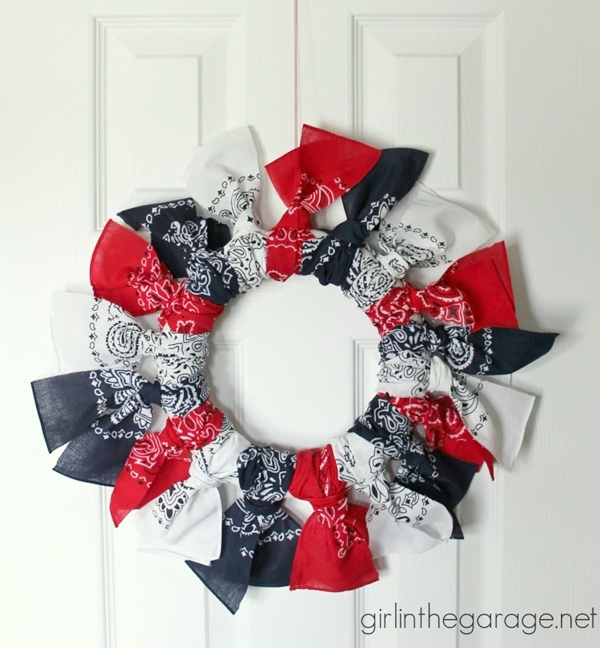 Easy Bandana Wreath | Girl in the Garage