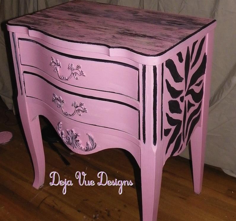 Pretty pink peeling paint deja vue designs for Pretty designs to paint