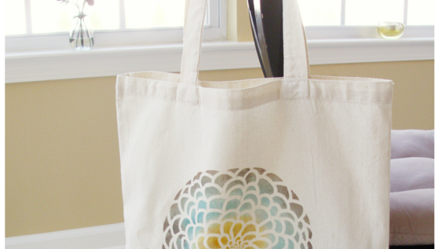 Stenciled Tote Bag Tutorial
